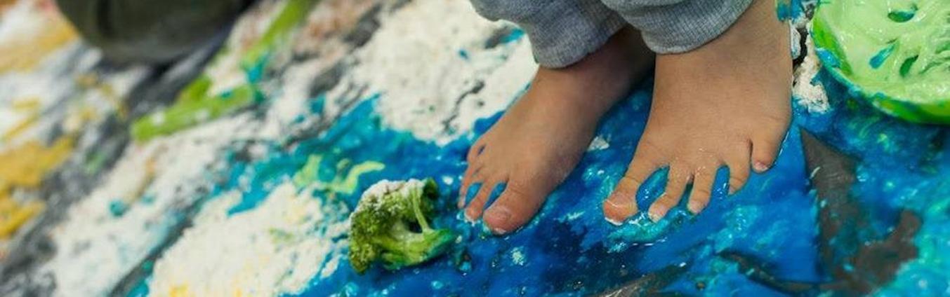 Brudzenie na legalu – Sensoplastyka - Miasteczko dzieci